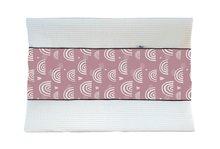 Aankleedhoes Regenboog roze / Wafelstof wit