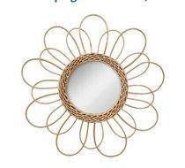 Spiegel rotan bloem